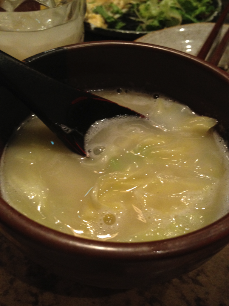 キャベツのとんこつスープ